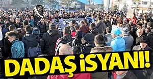 """Erzurum'da """"mavi beyaz"""" isyanı!"""
